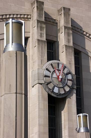 Clock, Union Terminal.