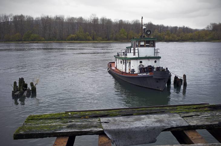 Old tugboat, Columbia River, Oregon, 2010.
