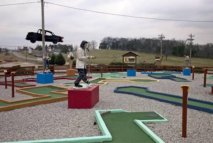 Elvis in a miniature golf course, Cave City, Kentucky, 2009.