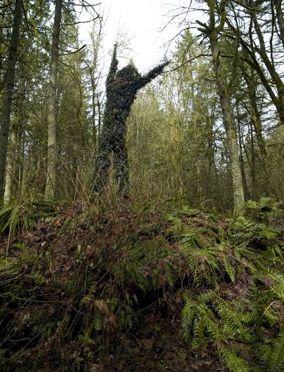 Sculptural commentary on invasive species, Portland, Oregon, 2009.