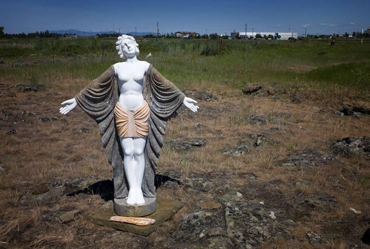 Statue, near Spokane, Washington, 2009.