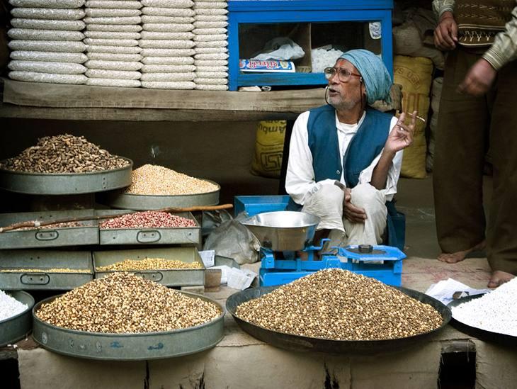 Bean dealer, Pushkar, 2005.