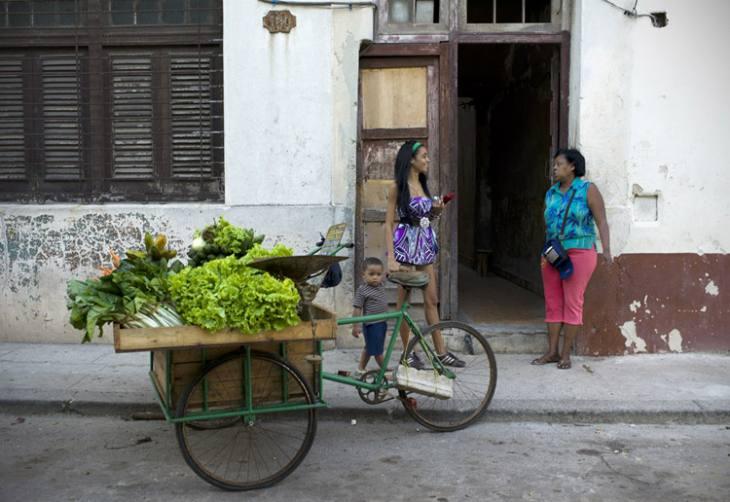 Streetscene, Centro, Havana.