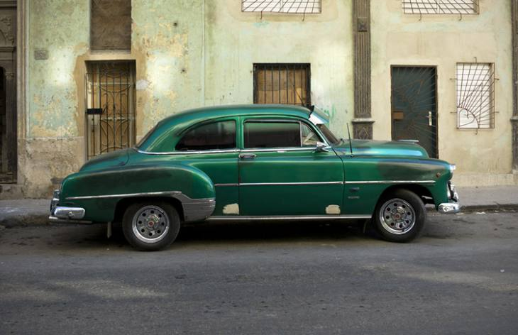 Old green Chevrolet, Centro, Havana.