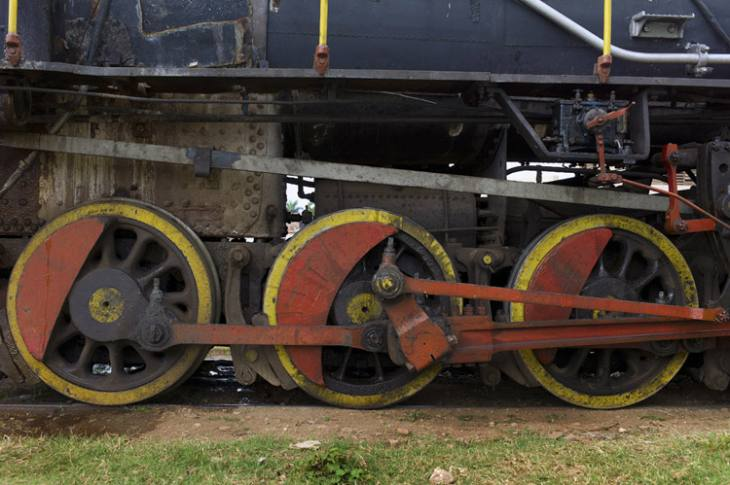 Wheels on a WWI-era American-built steam locomotive, Trinidad.
